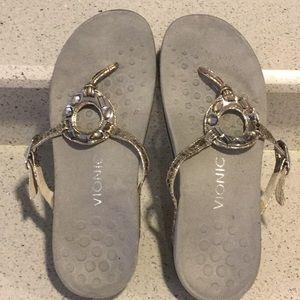 Vionic silver jeweled flip flop